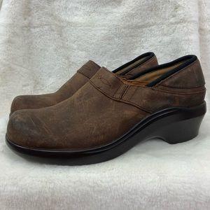 Ariat brown Santa Cruz leather suede like clogs black trim. Size 9B